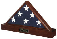 flag case pedestal urn